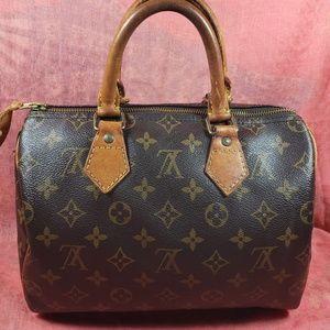 Authentic Louis Vuitton Monogram Speedy 25
